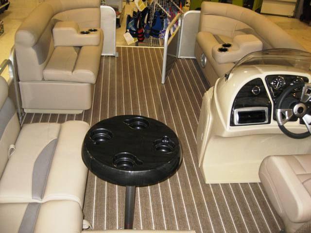 Sweetwater 2286 DL Pontoon Boat, Vinyl Teak Flooring!