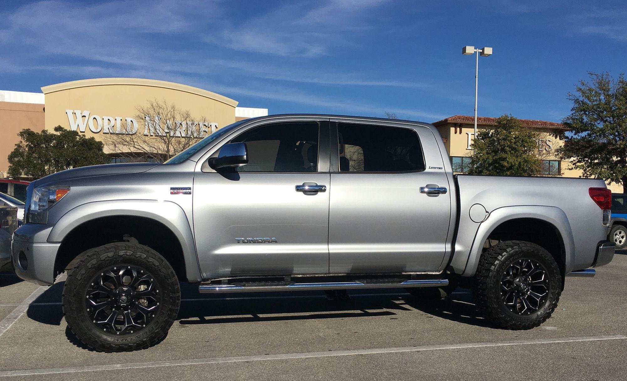 Toyota tundra crewmax 4x4 bds suspension 35 toyo mts fuel wheels
