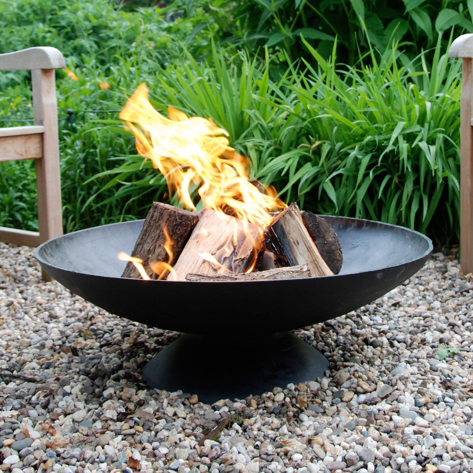Esschert Design Giant Fire Pit Whether Surrounded By Friends And Family Or The Centerpiece Of A Weekend D Modern Fire Pit Fire Pit Essentials Garden Fire Pit