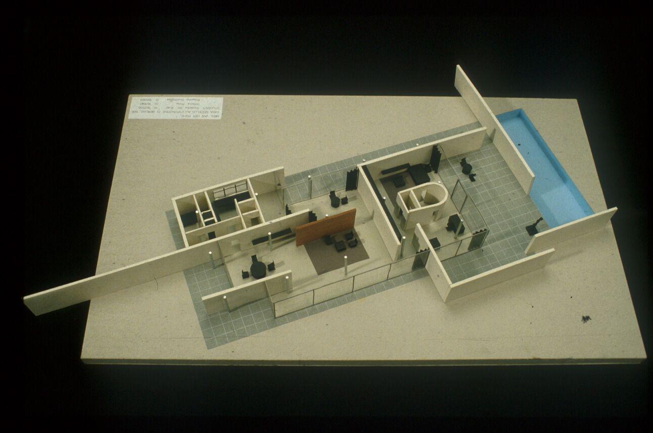 Mies Van Der Rohe | Casa para una exposición | Berlin ...