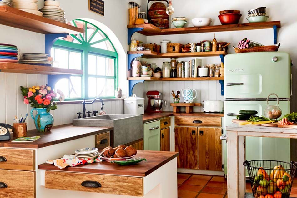 Cuisine Vintage Qui Nous Fait Voyager Dans Une Autre Culture Style Ou Epoque Cuisine Moderne Cuisine Vintage Cuisine Campagne Chic