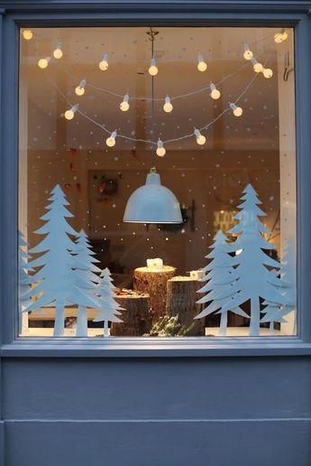 Fensterdekoration Schlichte Tannenbäume Aus Papier