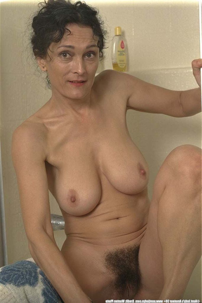 Nude full figured older women