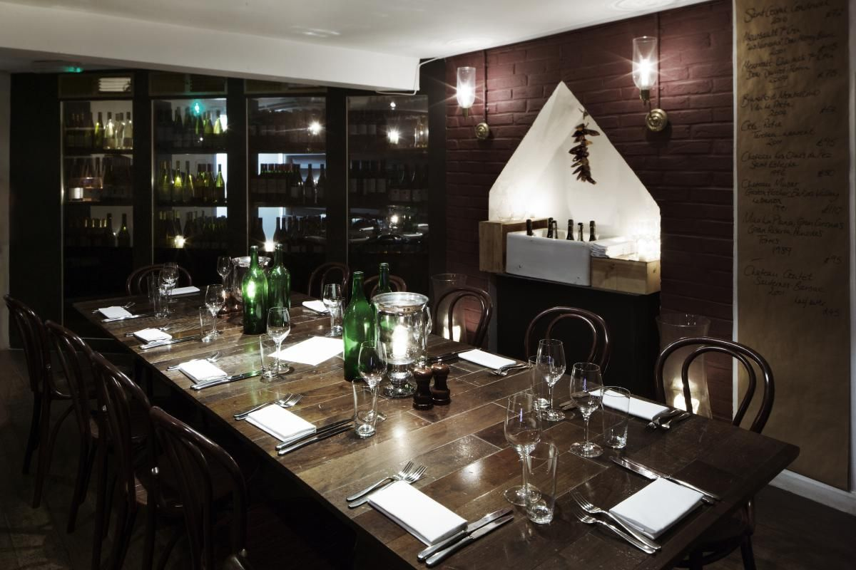 Private dining room at 10 Cases - London | Tablescapes | Pinterest