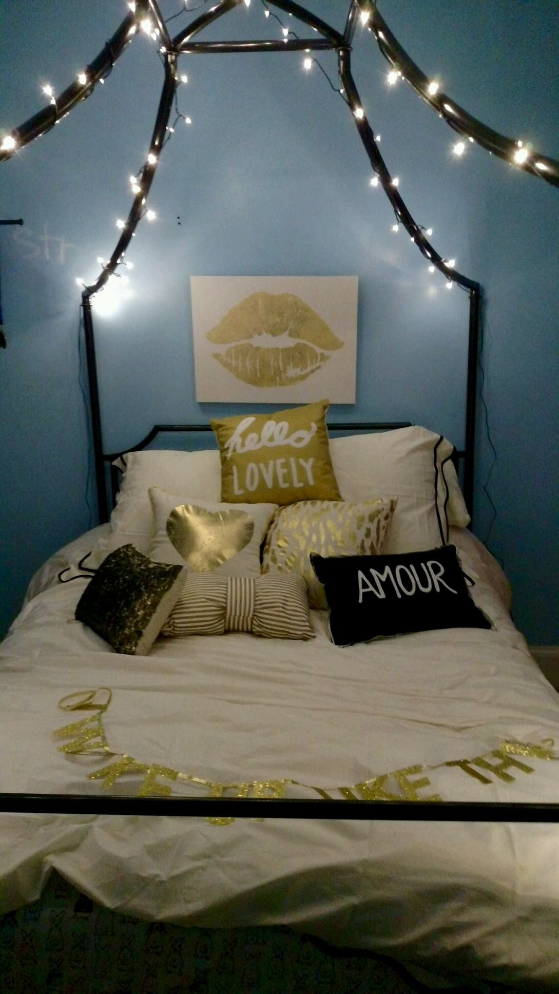 Tiffany Blue And Gold Bedroom Euffslemani