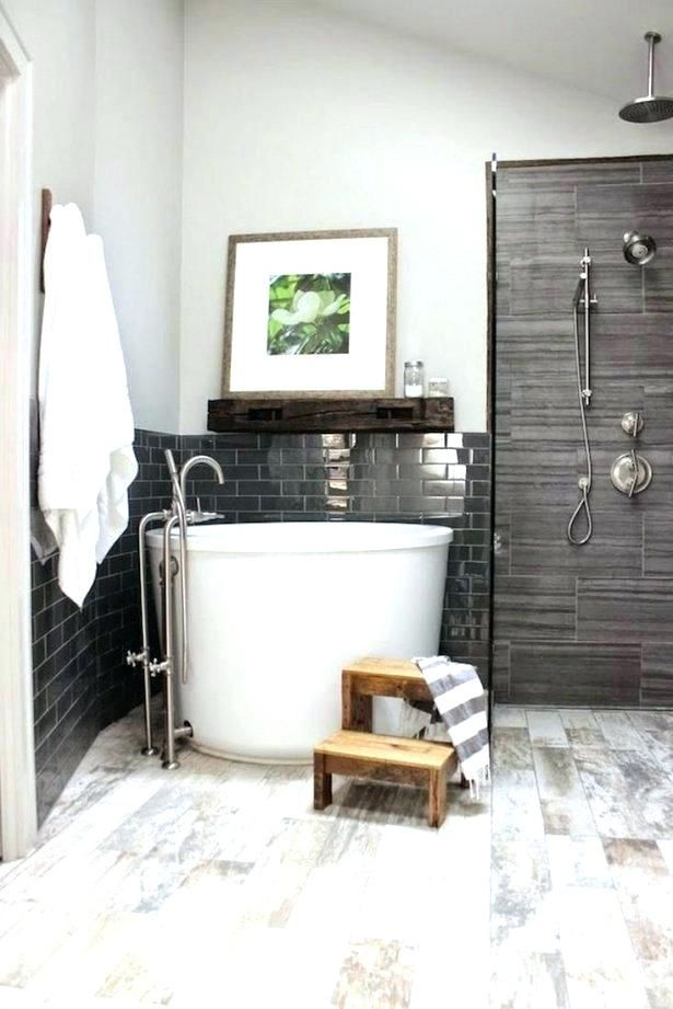 Freestanding Tub And Shower Combo Small Bathtub Shower Combinations Corner Bath Shower Comb Bathroom Freestanding Tiny House Bathroom Bathroom Tub Shower Combo