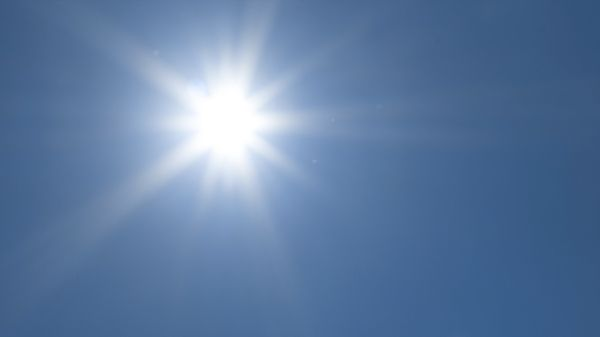 Billede af solen der skinner.