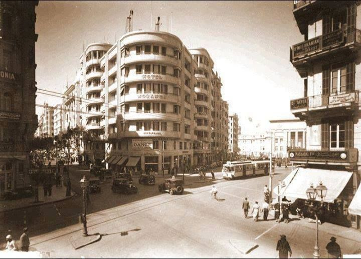 صورة شارع الملك فؤاد في القاهرة سنة 1935 Egypt Egypt History Old Egypt
