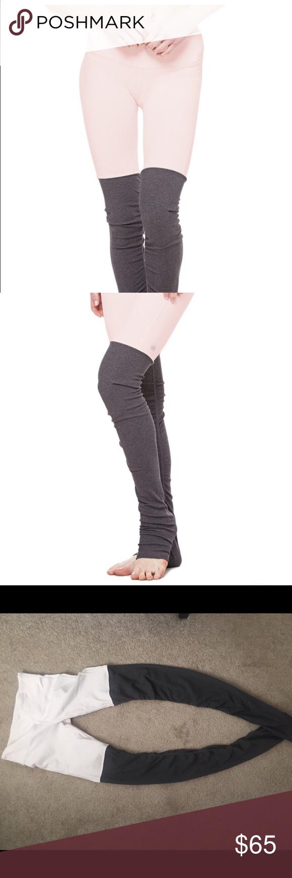 e69c515c93d25 Alo Goddess Legging Alo Ribbed Goddess Legging in light pink/gray. Like new  condition, only worn 3-4 times. Size-medium. ALO Yoga Pants Leggings