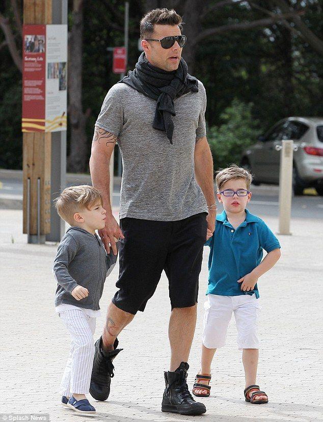 Ricky Martin Splits From Longtime Boyfriend Carlos