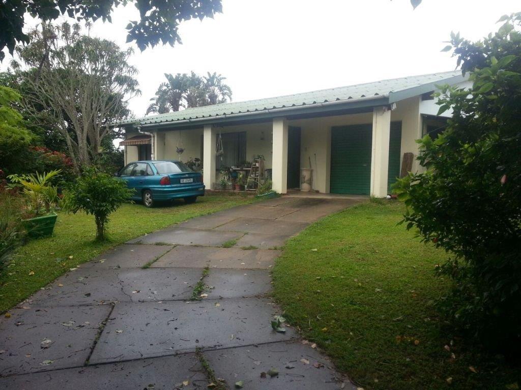 2 Bedroom House For Sale In Hibberdene 2 Bedroom House Outdoor