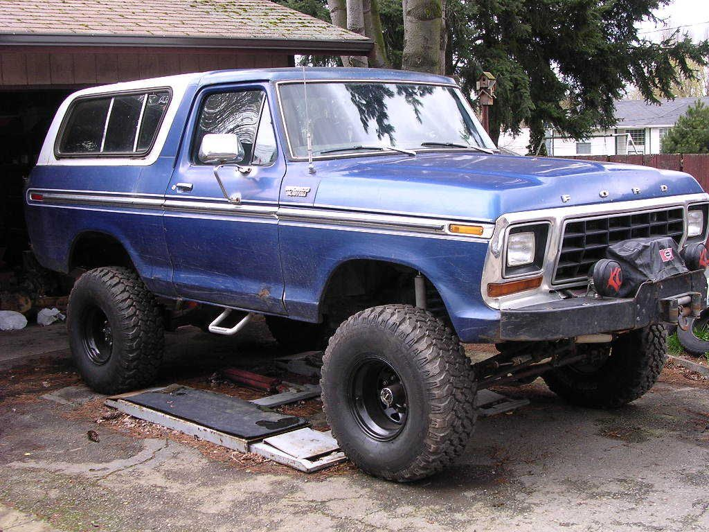 Ford bronco pictures see pics for browse interior and exterior photos also best images pickup trucks  lifted rh pinterest