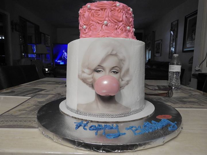 Marilyn Monroe Cake Love I Want This For My 30th Birthday
