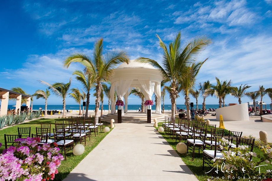 Destination Wedding in Cabo.