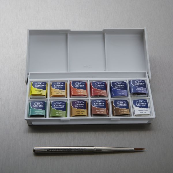 This Cotman Water Colour Sketchers Pocket Box Comes From Winsor