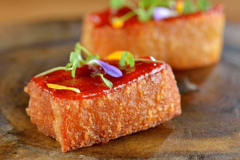 Casa do Porco Bar: Jefferson Rueda enaltece a carne suína e traz o melhor do porco em sua essência - Empratado - Culinária, Gastronomia e Receitas