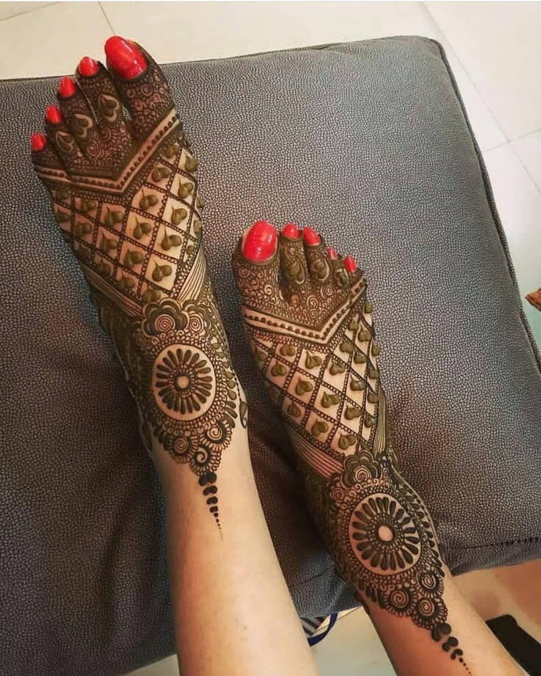 mehndi designs for karva chauth for foot