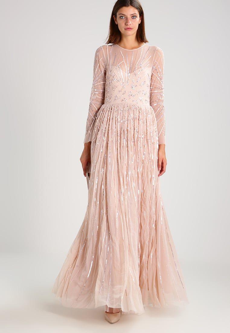 Consigue este tipo de vestido de noche de Young Couture By Barbara ...