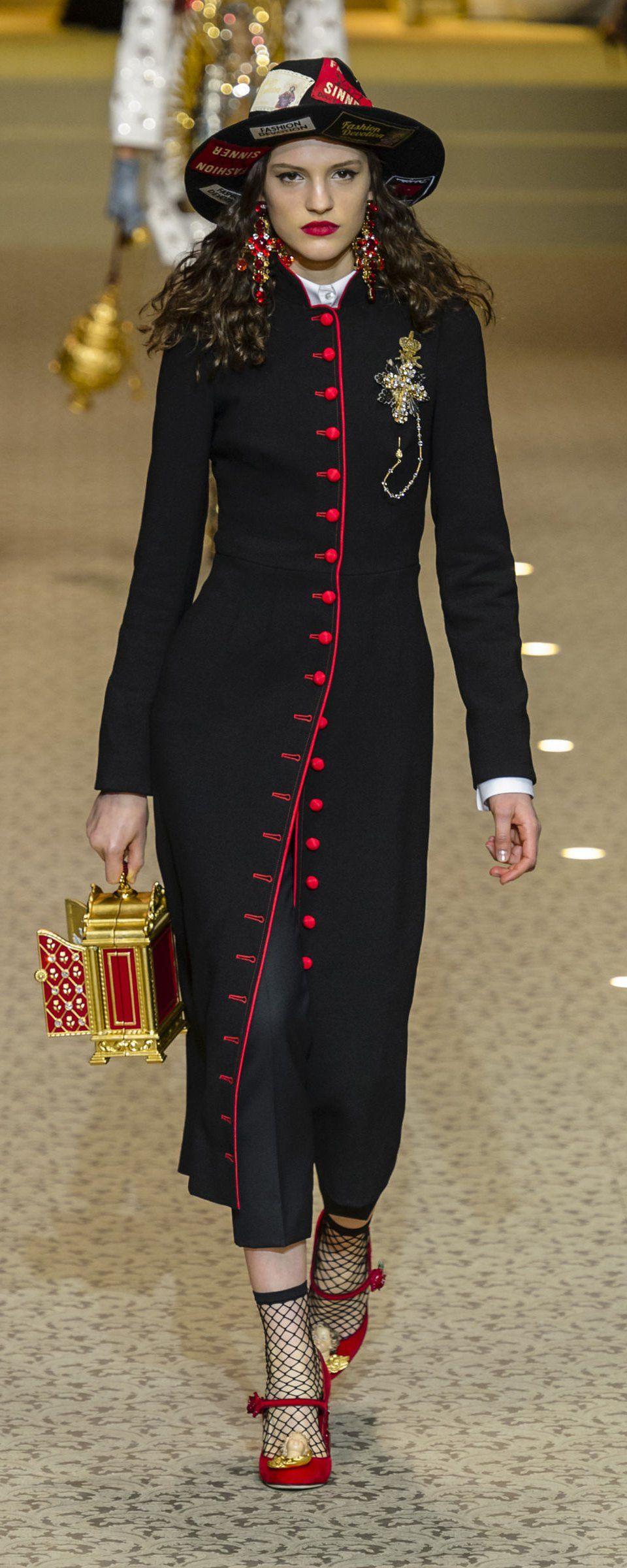 Mode Passe, Mode Italienne, Costume Femme, Prêt À Porter, Stylisme, Manteau