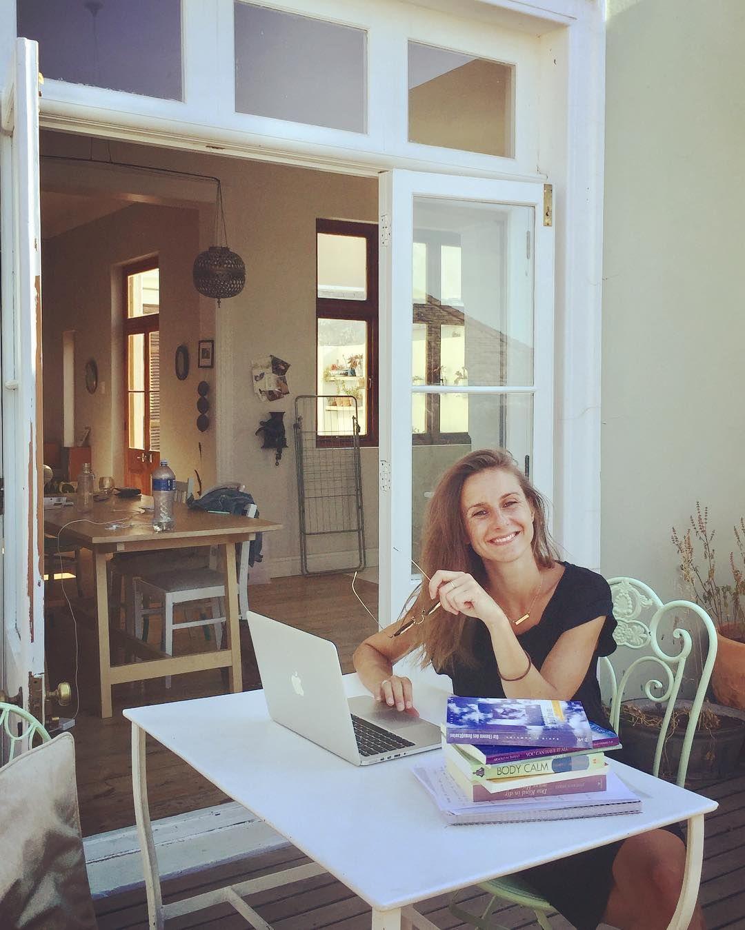 Guten Morgen Ich Bin Zuruck In Kapstadt Nach 10 Tagen Schweigen Und Meditieren Die Langsten 10 Tage Meines Lebens Meditieren Kapstadt Schweigen