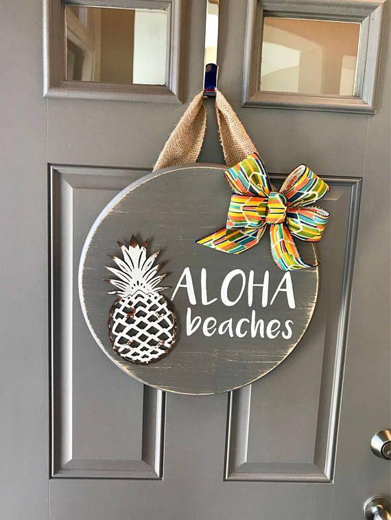 Aloha Beaches, Pineapple Door Hanger, Summer Door Decor, Tropical Door  Wreath, Hawaiian