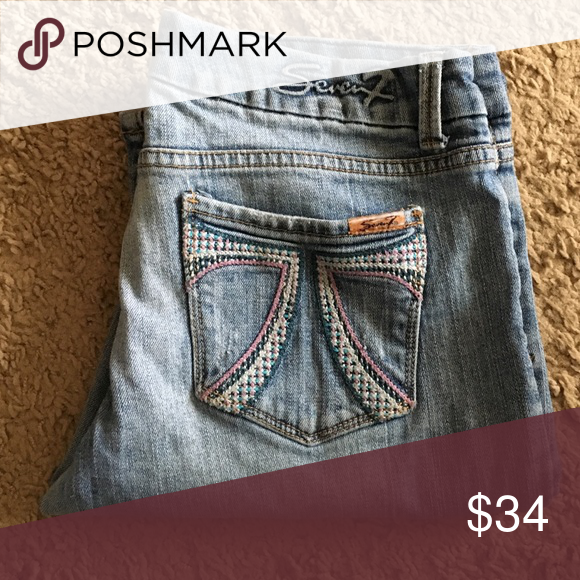 """💸seven7 distressed/faded flare Jean in size 30 💸Seven7 distressed/faded flare leg Jean in size 30 inseam 32 1/2"""" and rise 7 1/2"""". Flare width is 9"""" across. Seven7 Jeans Flare & Wide Leg"""