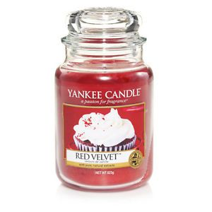 Red Velvet Scented Candle