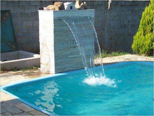Piscina com cascata de pedra pesquisa google homes for Piscina con cascata