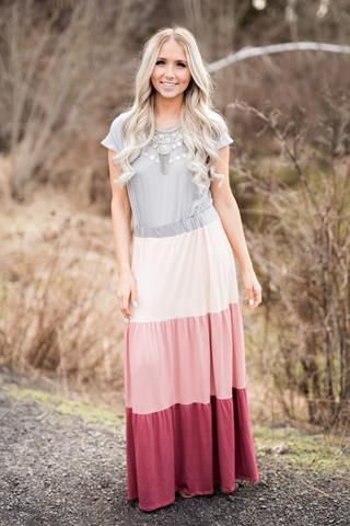 Sandy Ridge Short Sleeve Neutral Color Block Maxi Dress (Light Grey Blush) db65437af
