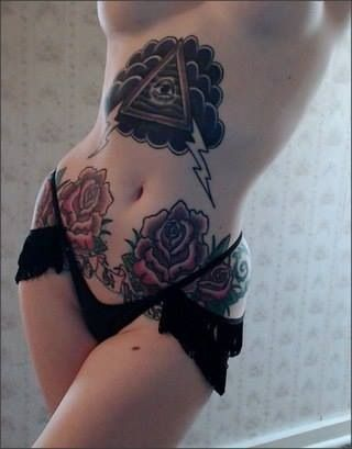 Nice abdomen tattoo with lower old school roses | rose ...