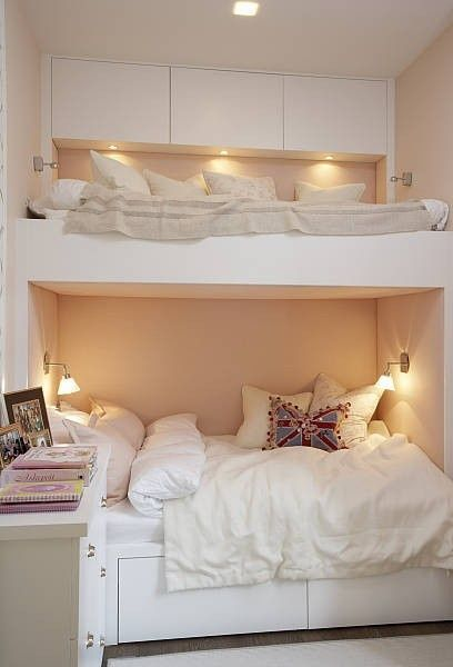 so cozy and comfortable would be so cute for a girls room or good guest room idea for small spaces good idea to add the cupboards on the top bunk