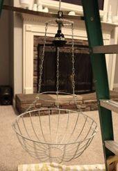 Living Livelier: Perlen Wasserfall Kronleuchter DIY - #DIY #Kronleuchter #Livelier #living #Perlen #Wasserfall #kronleuchterselbstbauen