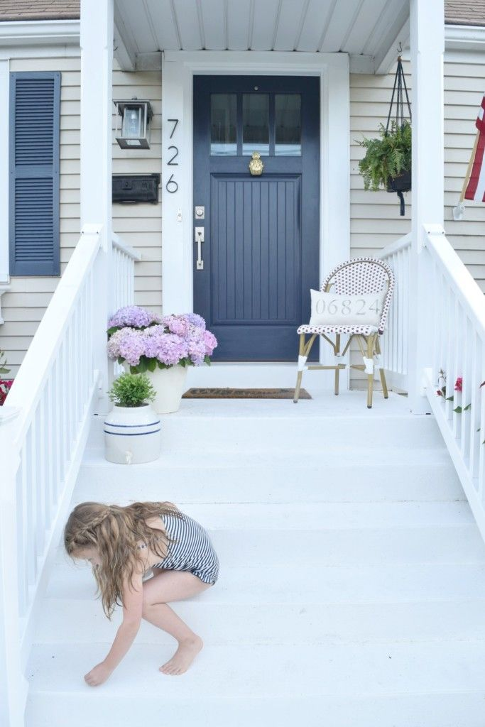 Curb appeal diy details cape cod style curb appeal and cod for Cape cod front door styles