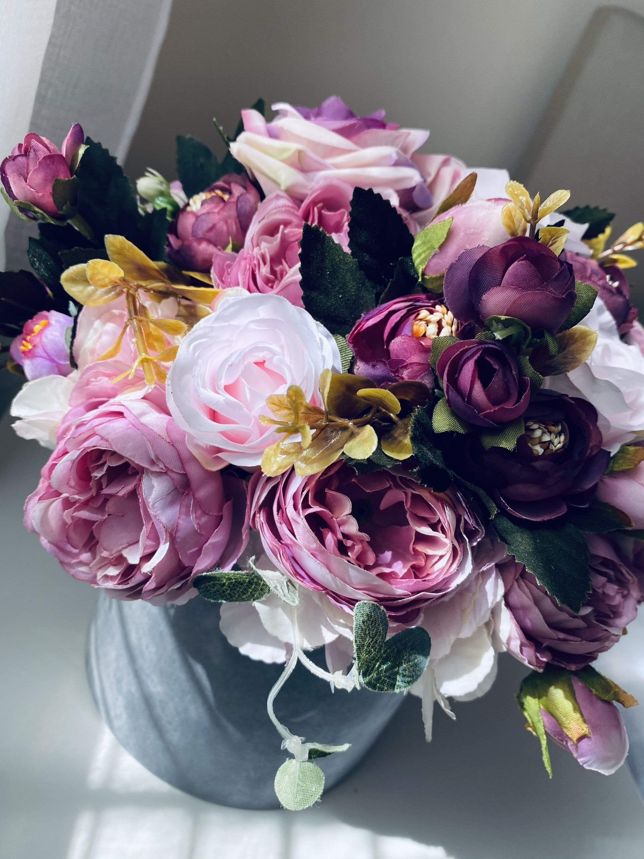 Flower bouquet flowers in uk wedding bouquet centerpiece