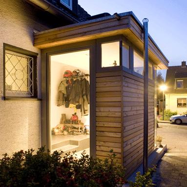 anbau blick zur stra e vorhaus pinterest anbau stra en und windfang. Black Bedroom Furniture Sets. Home Design Ideas