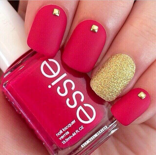 Fall 2014 Nail Trend: Matte Nails   Manicura roja, Anular y Manicuras