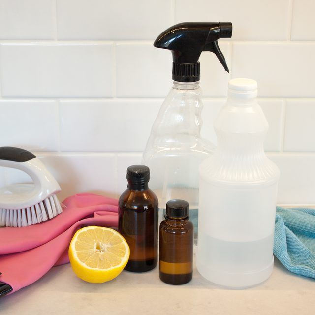 How To Make Natural Mildew Remover Mildew Remover - Natural mould remover for bathroom