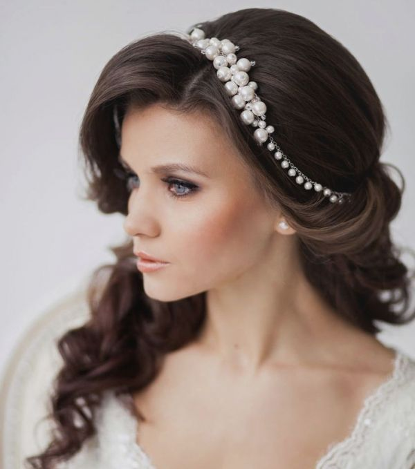35 Propozycji Na Slubny Makijaz Headpiece Hairstyles Vintage Bridal Hair Wedding Hairstyles For Long Hair