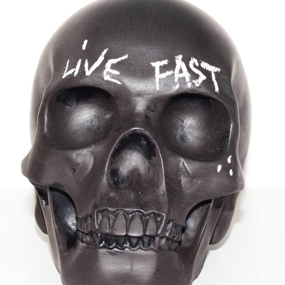 porcelain blackboard skull by greg s home paris