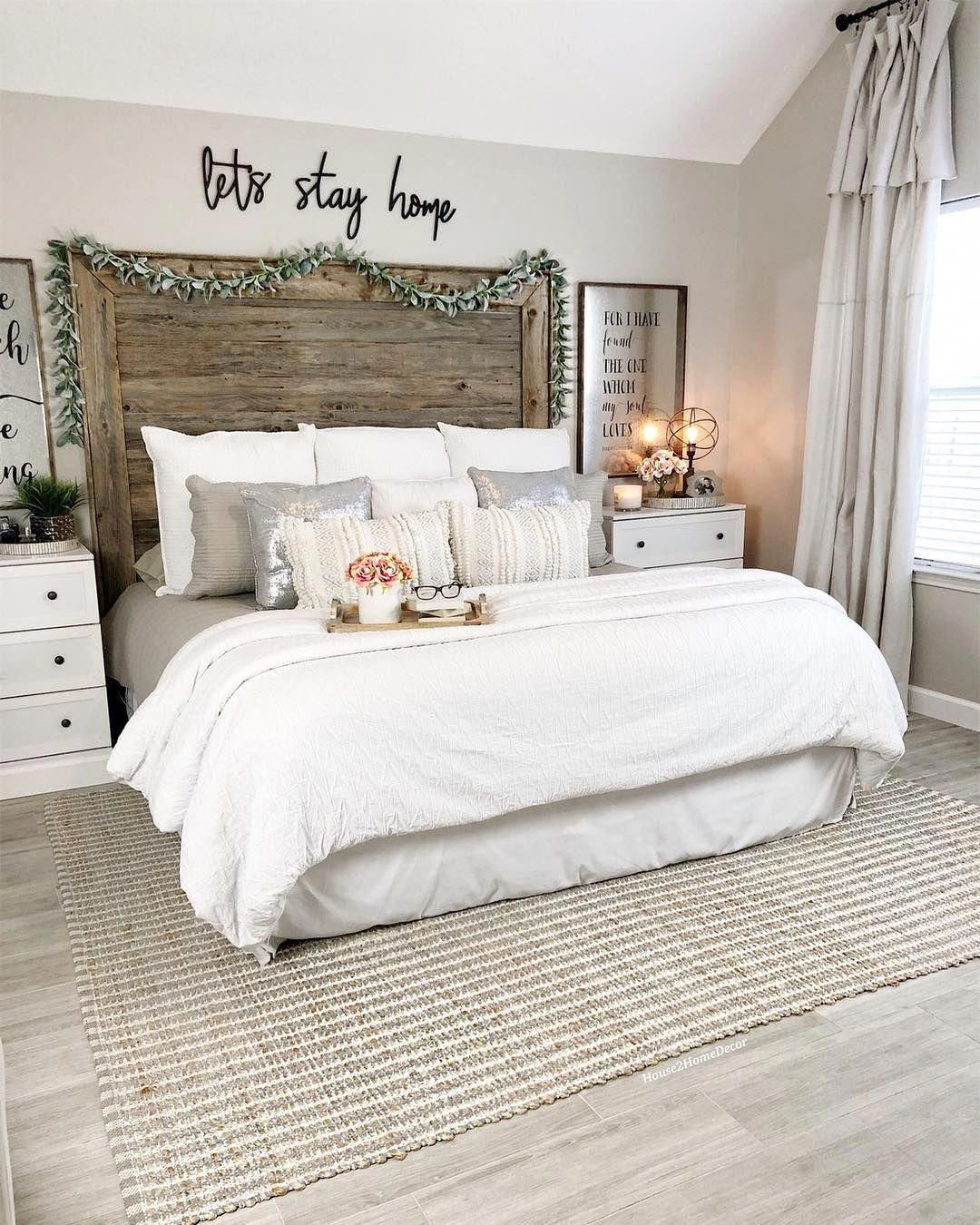 Cozy Modern Farmhouse Bedroom Design Decor Ideas Farmhousebedroom Bedroomdesign Farmhouse Style Master Bedroom Small Master Bedroom Master Bedroom Makeover