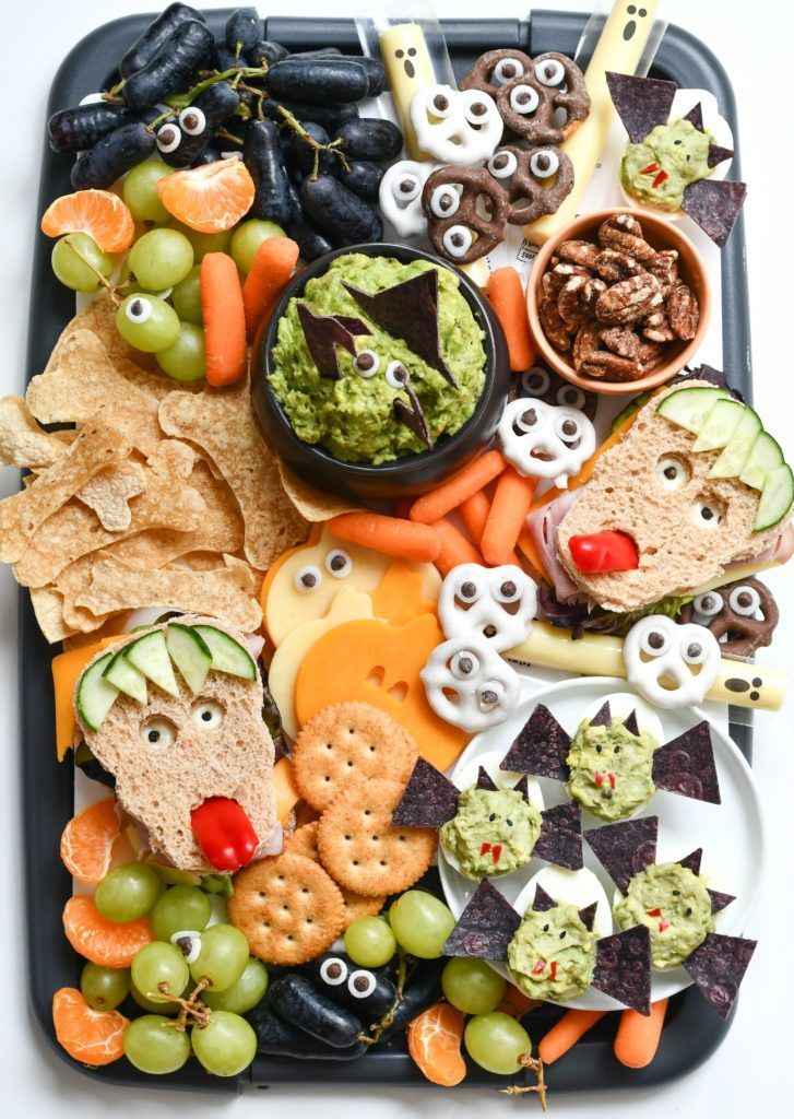 Easy Halloween Snack Ideas #fallpartyfood