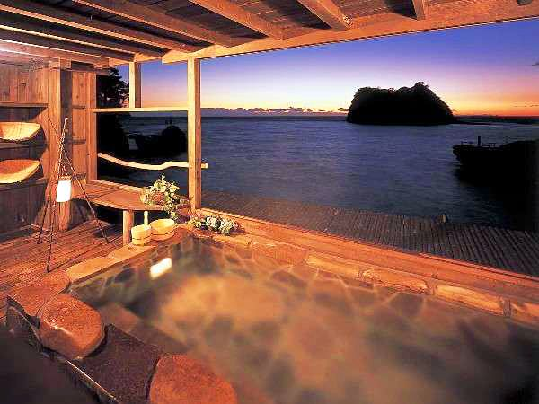 海辺のかくれ湯 清流 日帰り温泉