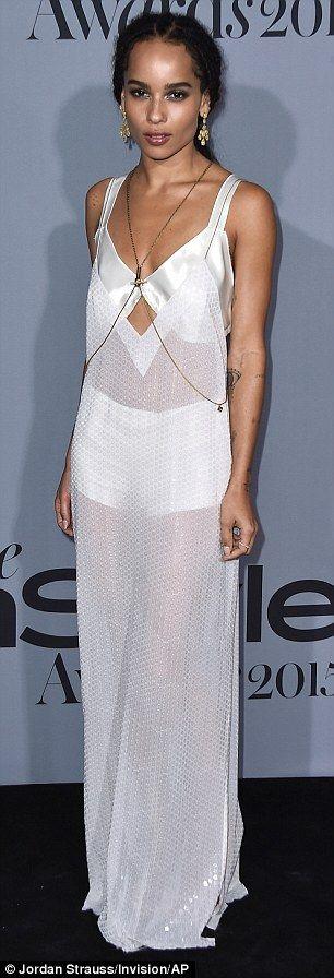 Zoe Kravitz brings her lookalike mother Lisa Bonet to InStyle Awards #zoekravitzstyle