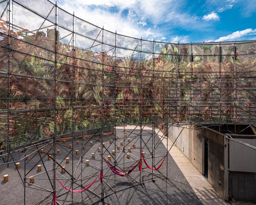 "Pedro & Juana builds spiky ""junglescape"" in MoMA PS1 ..."