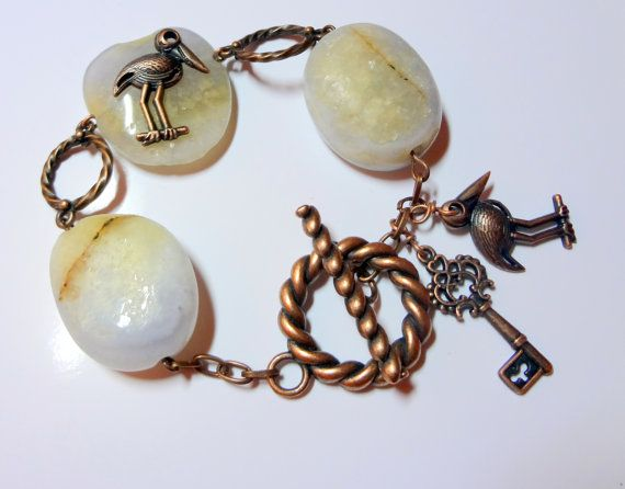 Aquamarine emerald bracelet with copper elements by swiesele