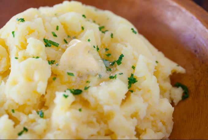 viasteamykitchen.com馬鈴薯泥mashedpotatoes材料:馬鈴薯potato-500g