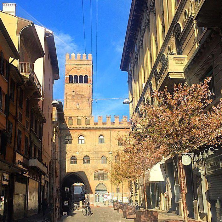 Credevo che Bologna fosse mia #Guccini} #Bologna ...
