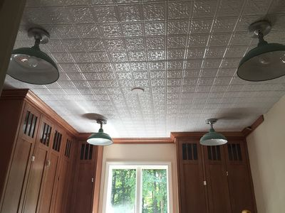 Decorative Ceiling Tiles Provides A Wide Selection Of That Give Your Residential Or Commercial E Character We Ship Worldwide