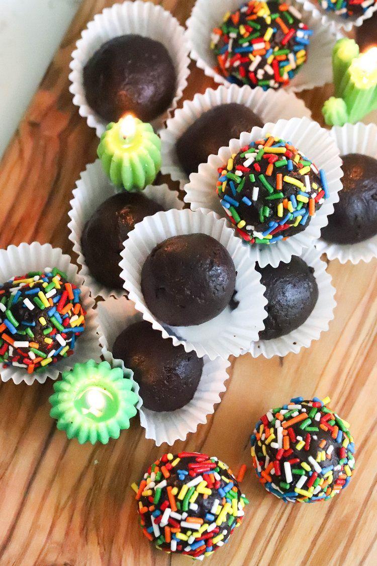 Vegan Black Bean Brownie Bites  The post Vegan Black Bean Brownie Bites appeared…