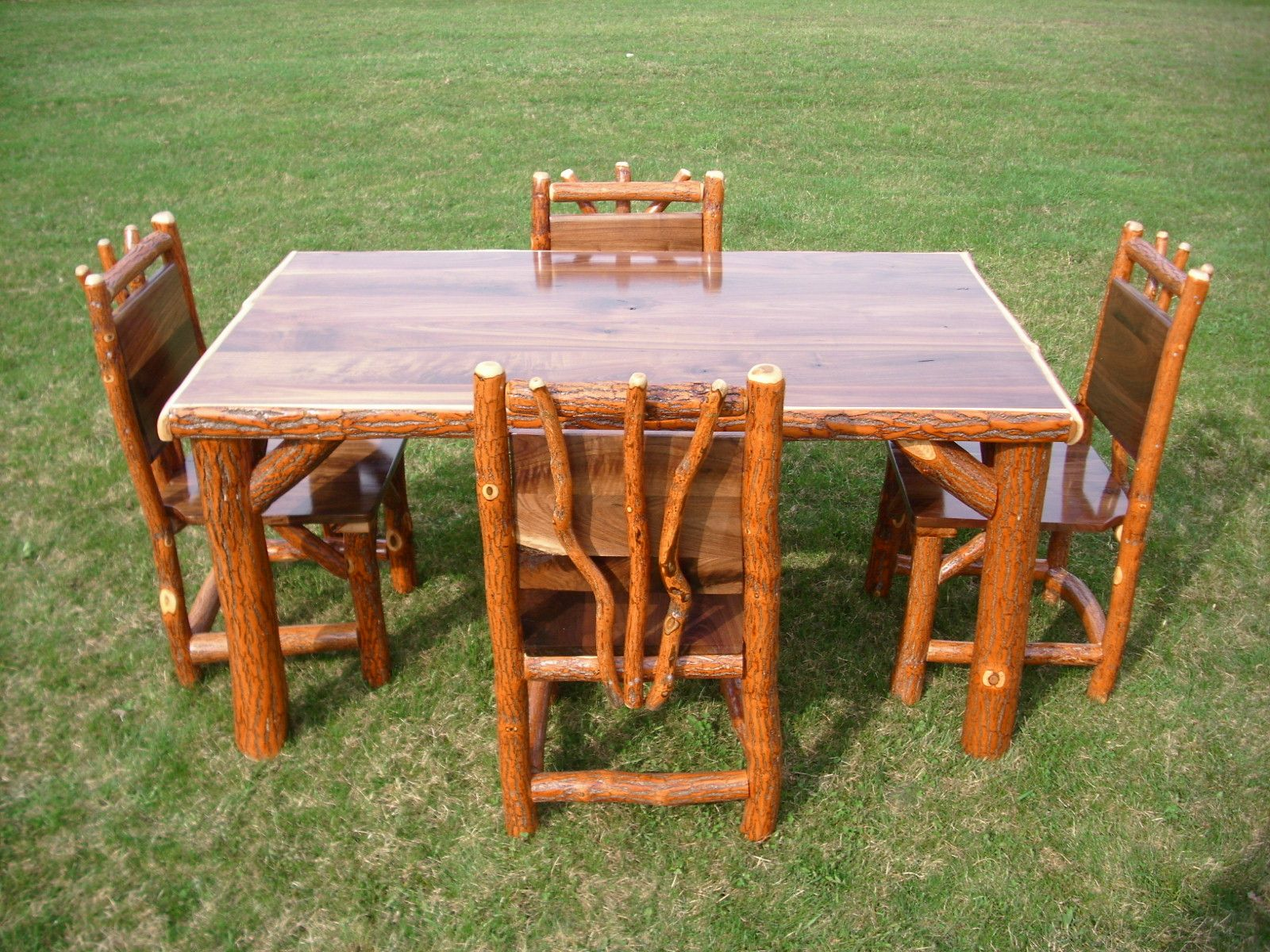 Log Table And Chairs Amish Made Rustic Log Sassafras Table And Chairs Set With